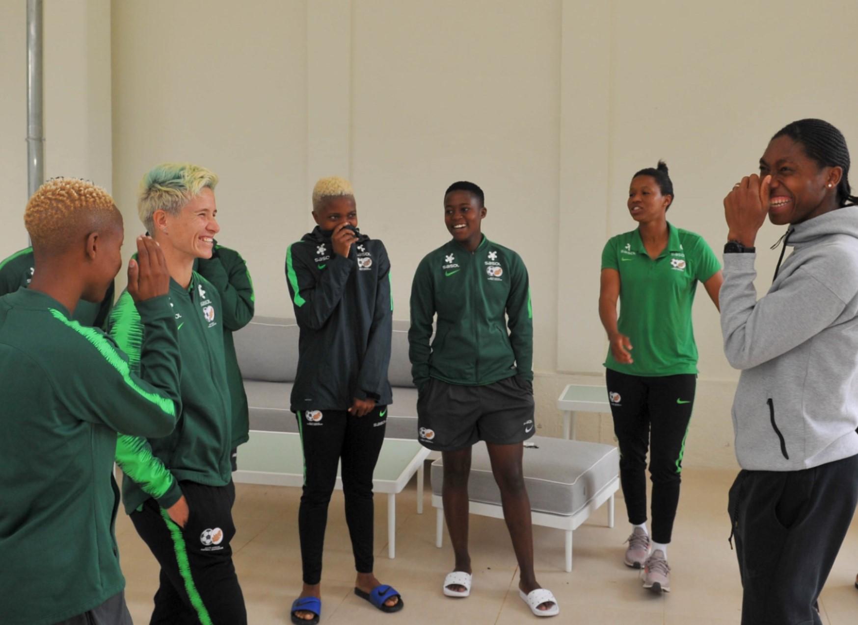 Semenya wins 2000m race and meets up with Banyana Banyana in Paris